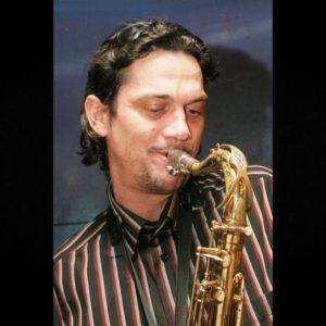 ivo pipič saxofon - skupina objem