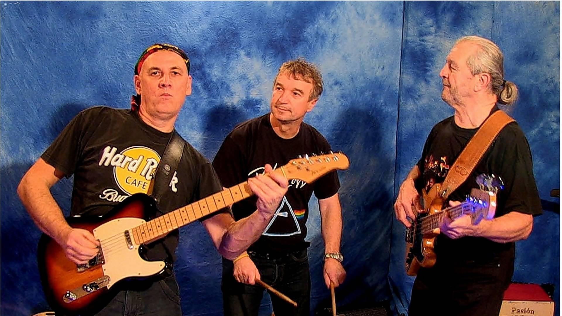 Ansambli band za zabave glasbena skupina bend glasbeniki muzikanti Objem