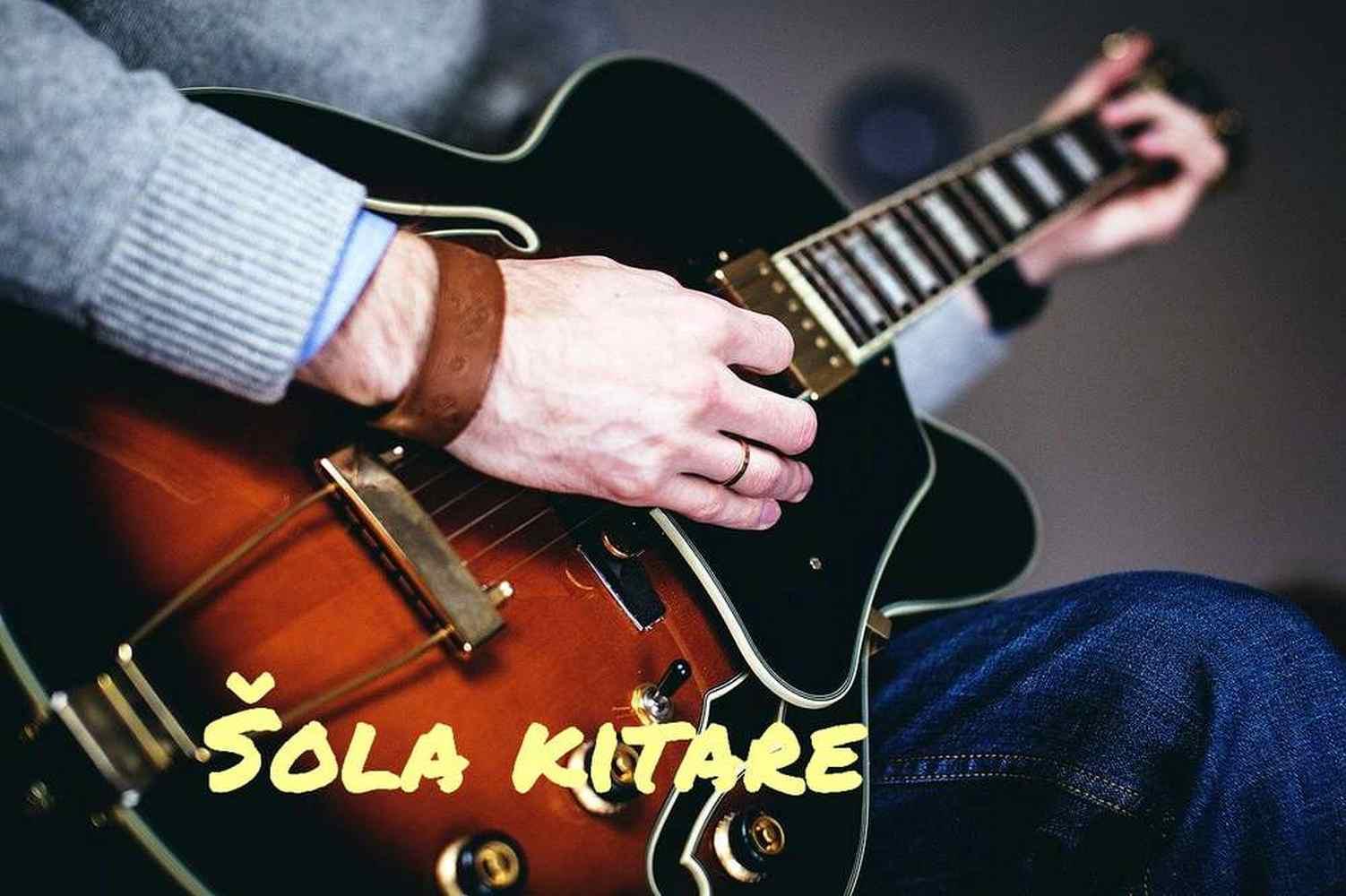 Lekcije učenje igranje kitare glasbena šola na daljavo